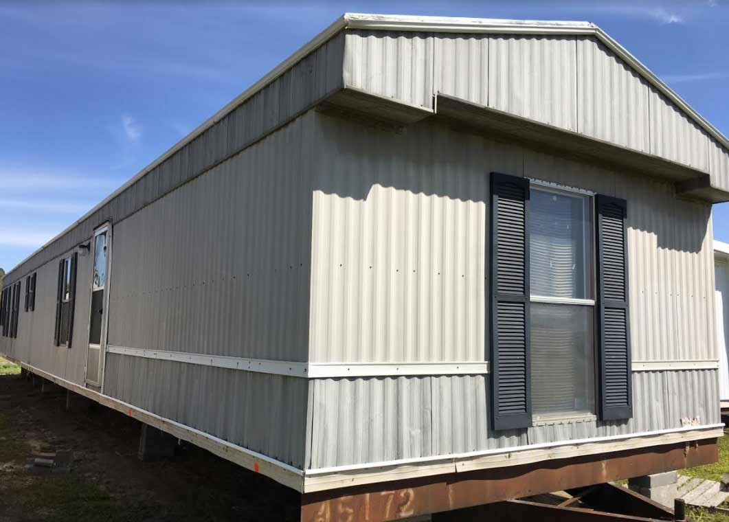 Used mobile homes for sale down east realty custom homes for Cost of 2000 sq ft modular home