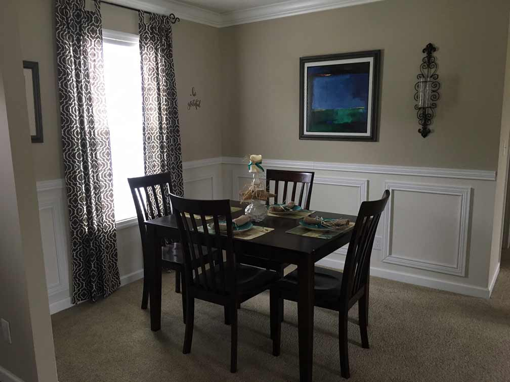 Sample Dining Picture
